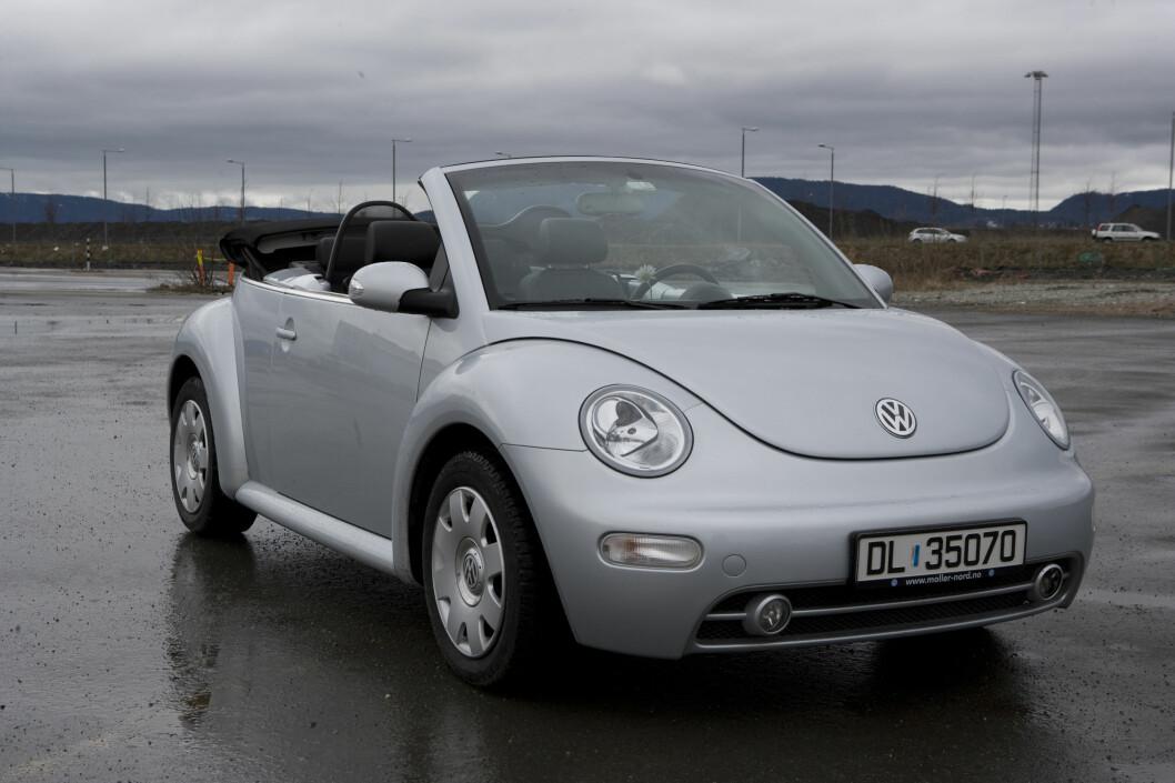 <strong><b>VW BEETLE:</strong></b> Retroform, bygget på Golf-plattform.  Foto: AUTOFIL