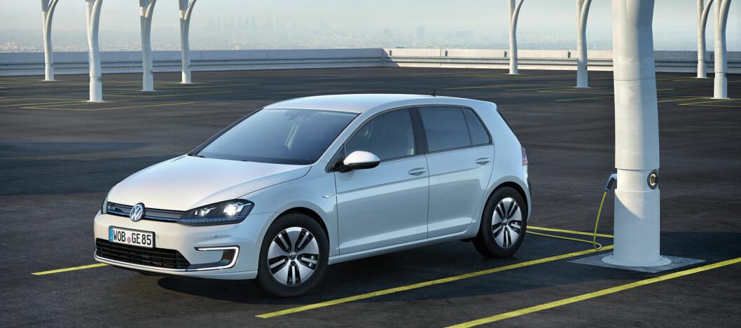<strong><b>KAN BLI DYRERE:</strong></b> VW e-Golf er en av bilene som kan få et prishopp. Foto: VW Foto: VW