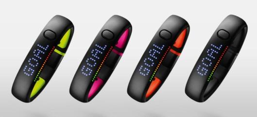 <b>APPLE FUELBAND?</b> Apple-sjef Tim Cook sitter i Nike-styret. En av FuelBand-skaperne, treningsarmbåndet på bildet, ble Apple-ansatt i fjor høst. Nike har sagt de ikke skal produsere mer armbånd. Hva betyr det? Foto: NIKE