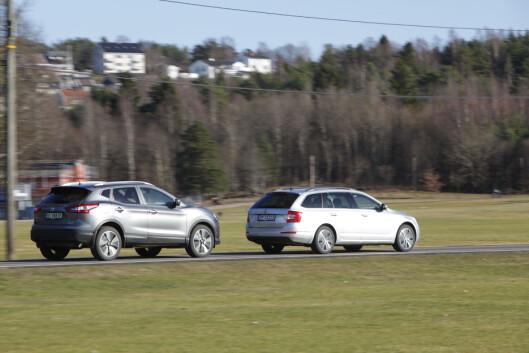 <B>SUV ELLER STV? </B>Qashqai ser større ut, men det er Octavia som er plassmesteren. Foto: ESPEN STENSRUD / AUTOFIL