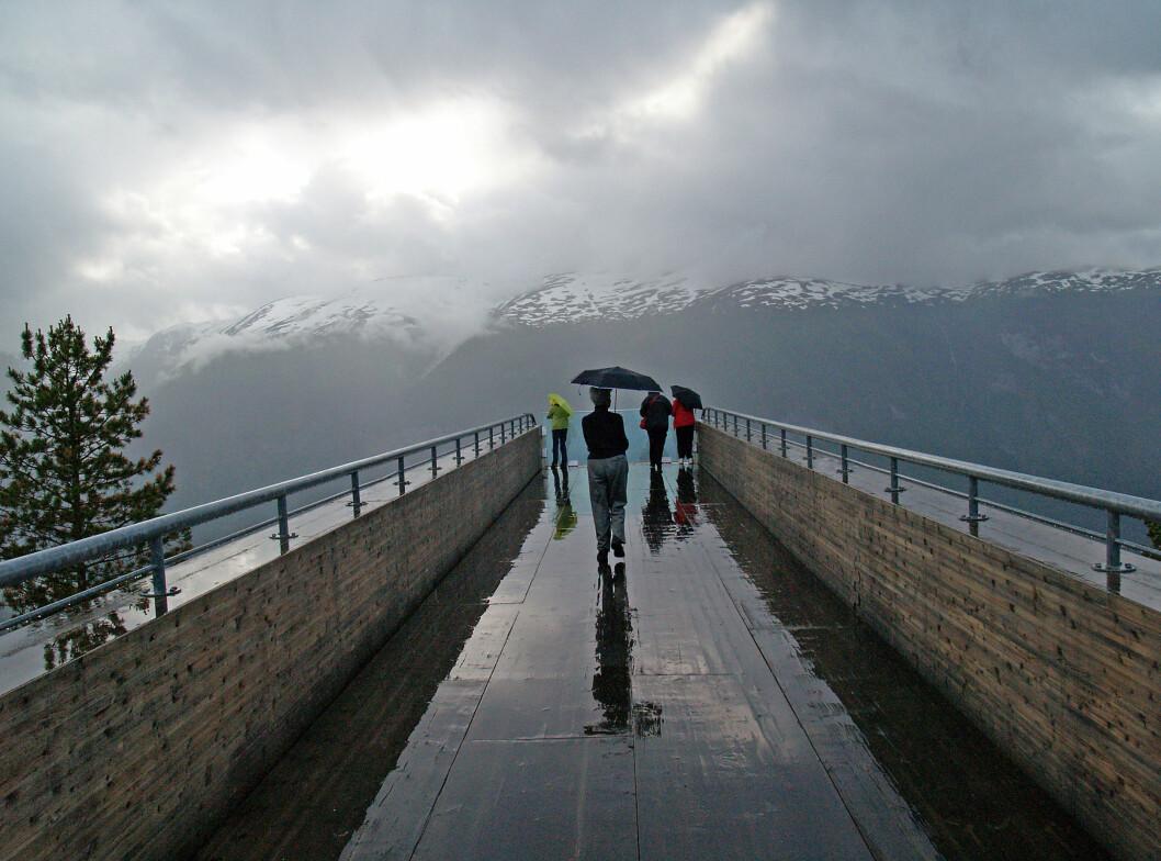 Stegastein i Aurland, 650 meter over havet.  Foto: ALLOVER