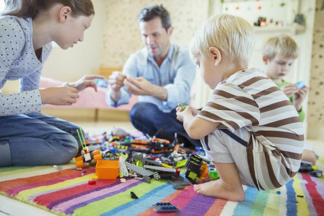 <b>FRADRAG?</b> Har du små barn kan du blant annet ha krav på fradrag for stell og pass av barna.  Foto: ALL OVER PRESS