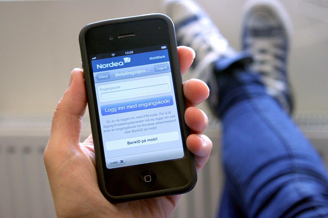 <strong><b>TAR BETALT:</strong></b> Fra 1. mai vil det koste penger for Telenor-kunder å benytte BankID på mobil.  Foto: BERIT B. NJARGA