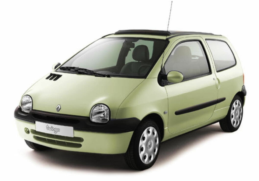 <strong><b>KUL ALLEREDE DA:</strong></b> Første generasjon Renault Twingo fremsto som en kul mini-fleksibil da den kom i 1993. Foto: RENAULT