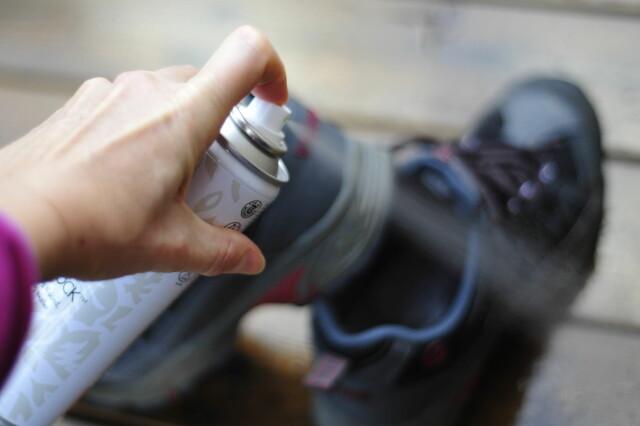 0b320d92 <b>JA, IMPREGNERING HJELPER:</b> Impregnerer du skoene dine
