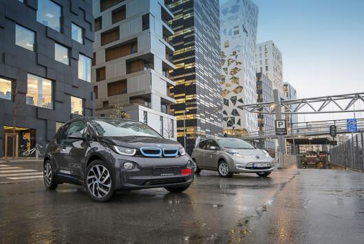 BMW i3 og Nissan Leaf kommer til å være to hete kandidater i 2014.  Foto: Jamieson Pothecary