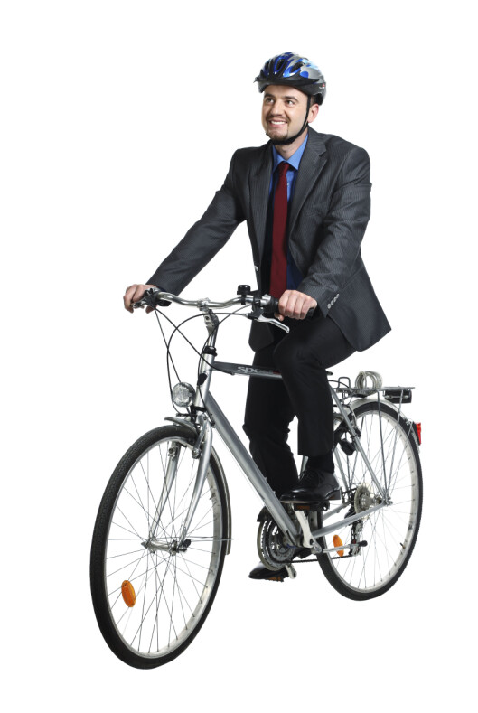 <strong><strong>GOD SAMFUNNSØKONOMI:</strong></strong> Du må ikke trene når du sykler til jobb, understreker Lotte Frost hos Norges Bedriftsidrettsforening.  Foto: PantherMedia
