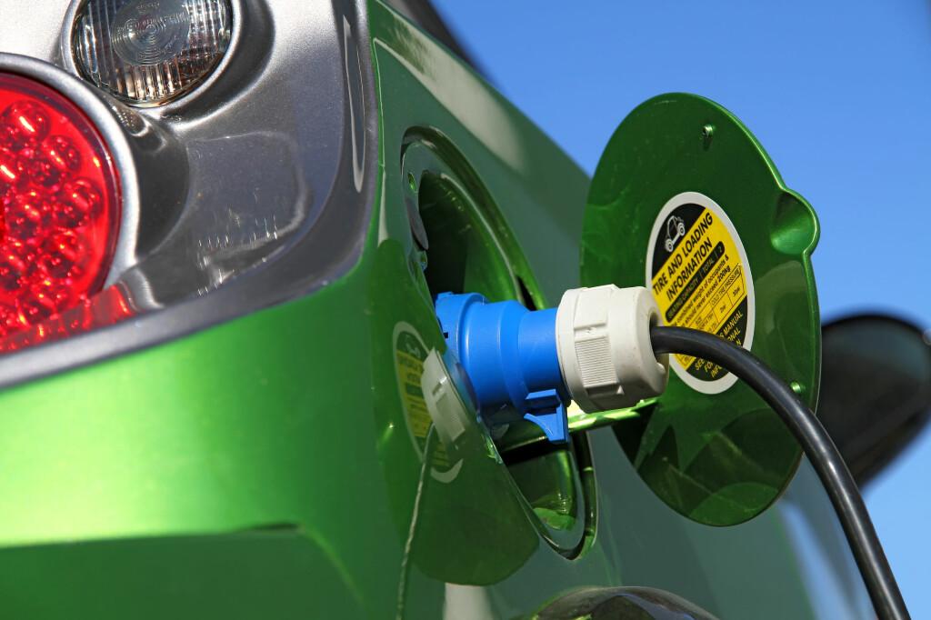 <b>IKKE ALLTID NOK:</b> Elbiler har naturlig nok begrenset rekkevidde, spesielt når det er kaldt. Innfrir ikke elbilen dine forventninger, kan du ha rett på pengene tilbake.  Foto: ALL OVER PRESS