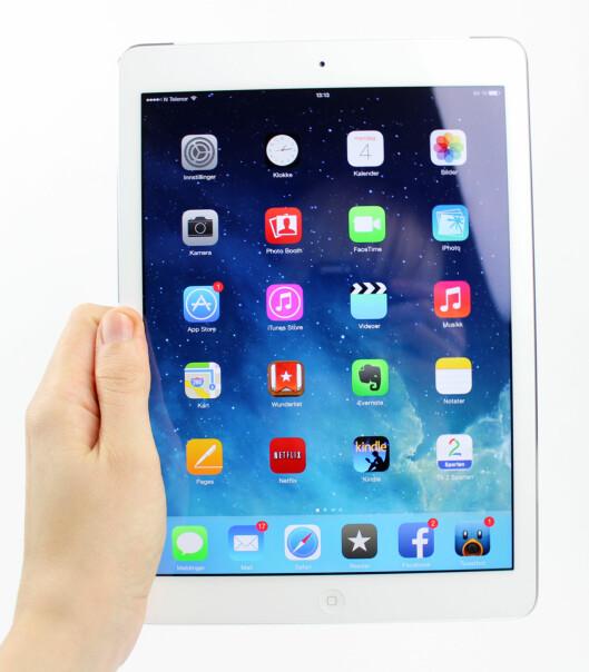 Skjermkvaliteten på iPad Air er meget høy, men refleksjoner kan av og til være en utfordring (ja, for du seg meg, vel?) Foto: KIRSTI ØSTVANG