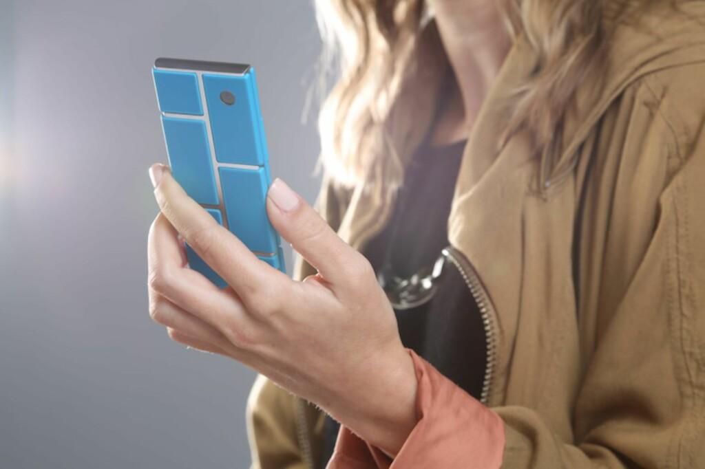 <b>LEGO-TELEFON:</b> Er dette fremtidens smartmobil? Det vil i hvert fall Motorola ha oss til å tro. Foto: Motorola