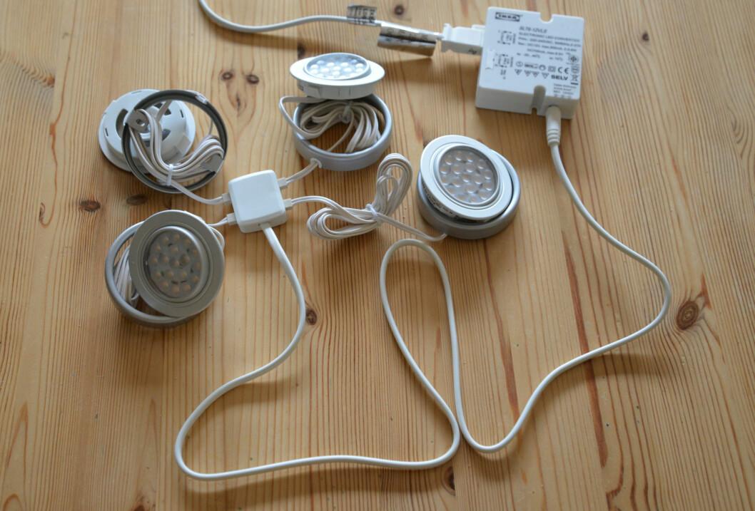 LED-belysning består ofte av mye kabling og kontakter i tillegg til strømforsyningen. Foto: Brynjulf Blix