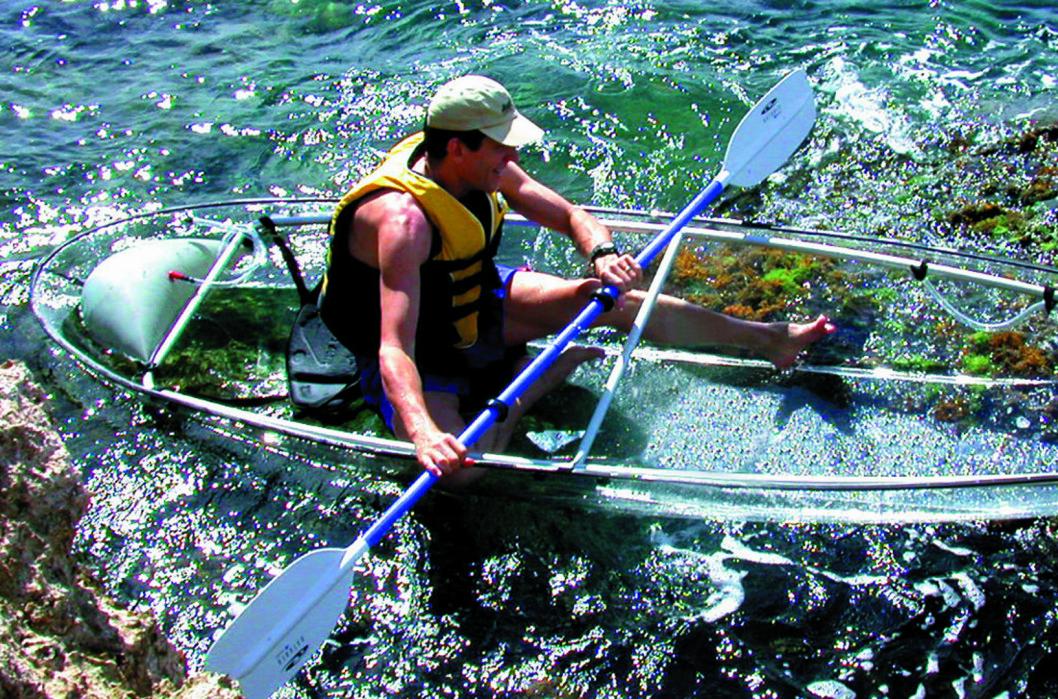 <strong><strong>ENKEL, MEN DYR:</strong> </strong> Her betaler du mye for materialet kajakken er laget av.  Foto: Clear Blue Hawaii