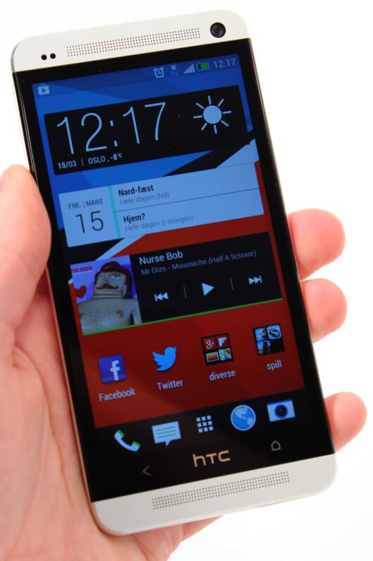 <strong>PENT:</strong> HTC One kjører Sense 5.0, som er enda mer stilrent enn tidligere.  Foto: Ole Petter Baugerød Stokke