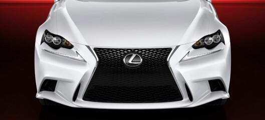 Prissatt: Lexus IS 300h