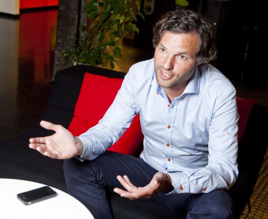 Informasjonssjef i Skandiabanken advarer deg mot å bli lurt av falske e-poster.  Foto: Per Ervland