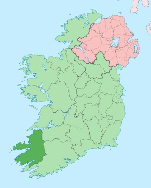 Fylket Kerry ligger sør-vest i Irland (den mørke-grønne flekken). Foto: Wikimedia commons