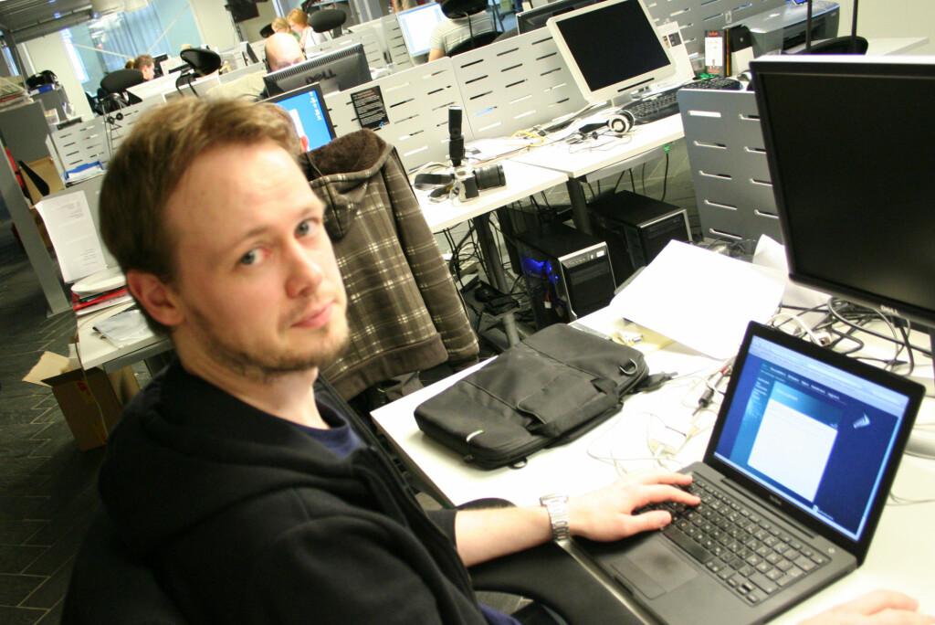 <b>POPULÆR BRANSJE:</b> Det er mange om beinet i medie- og informasjonsbransjen i disse dager. Øivind Idsø er vaktsjef hos DinSide.no.  Foto: Synne Hellum Marschhäuser