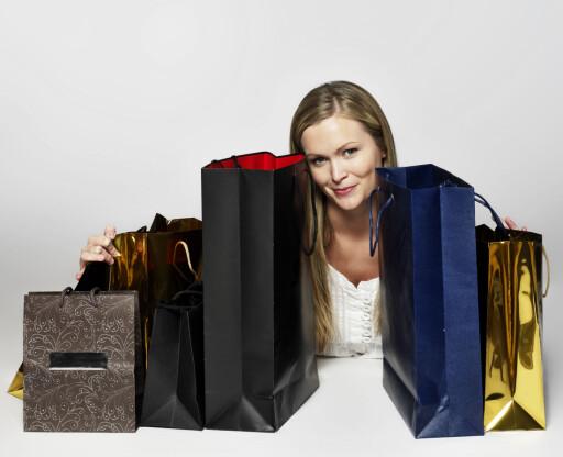 Den økte kjøpekraften du vil få i 2013 gir mer rom for sløsing. Men det smarteste er å betale ned ekstra på lånet, og dermed ruste seg godt til trangere tider. Foto: Colourbox