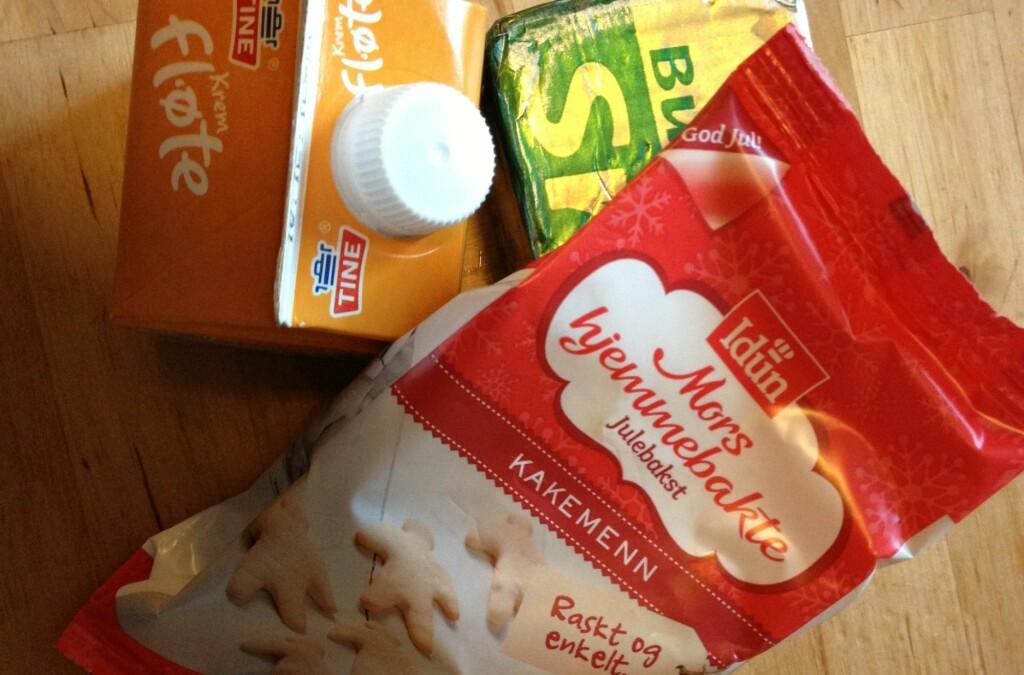 Pakken fra Idun inneholder hvetemel, sukker og hevemiddel. I tillegg trenger du fløte og smør. Men blir det mye enklere? Foto: Berit B. Njarga