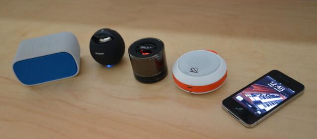 Fire høyttalere og en iPhone Foto  Brynjulf Blix c0257b521b9a2