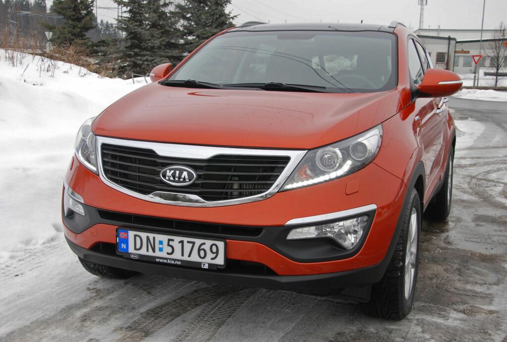 I Norge var det lange ventetider på Kia Sportage. I Tyskland stod biler for salg.
