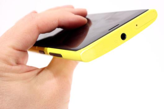<strong>LITE LYD:</strong> Nokia Lumia 920 gir ut helt grei lyd, men på langt nær så mye som for eksempel HTCs telefoner.  Foto: Ole Petter Baugerød Stokke