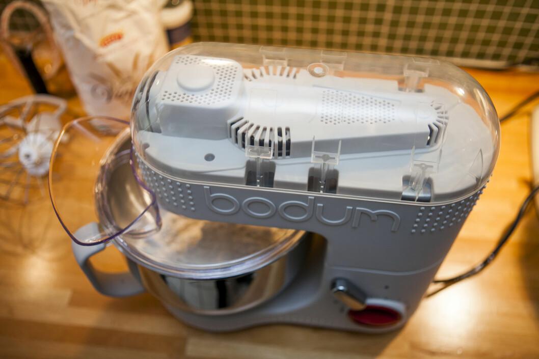 Maskinen har et gjennomsiktig deksel i topp. Foto: Per Ervland