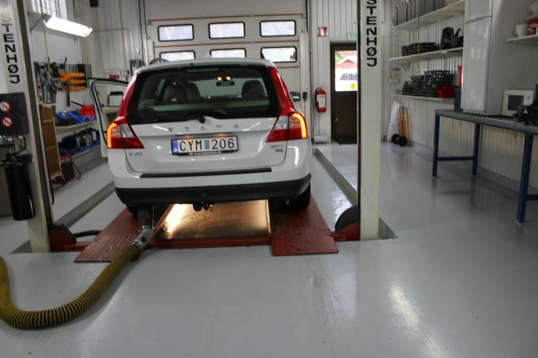 Uansett hvilket verksted du velger gjelder garantien, så lenge du har tatt bilen til service når det er påkrevd. Foto: Kristin Sørdal