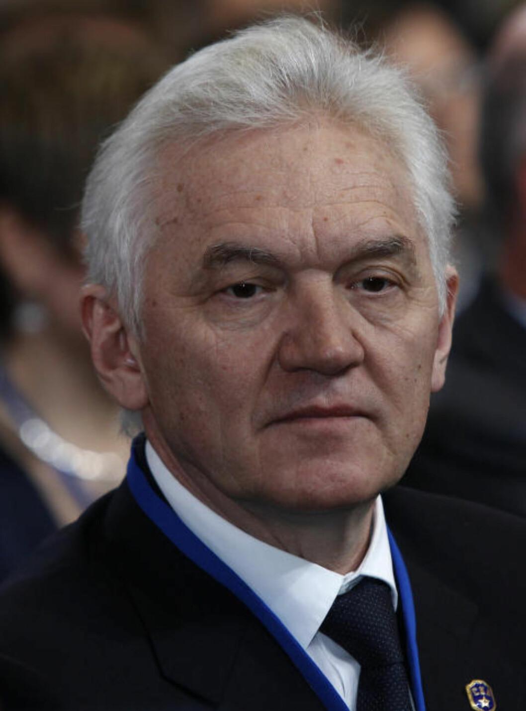 MEKTIG: Milliardæren Gennadij Timsjenko har tette bånd til Russlands president Vladimir Putin. Foto: Reuters/Alexander Demianchuk/NTB Scanpix