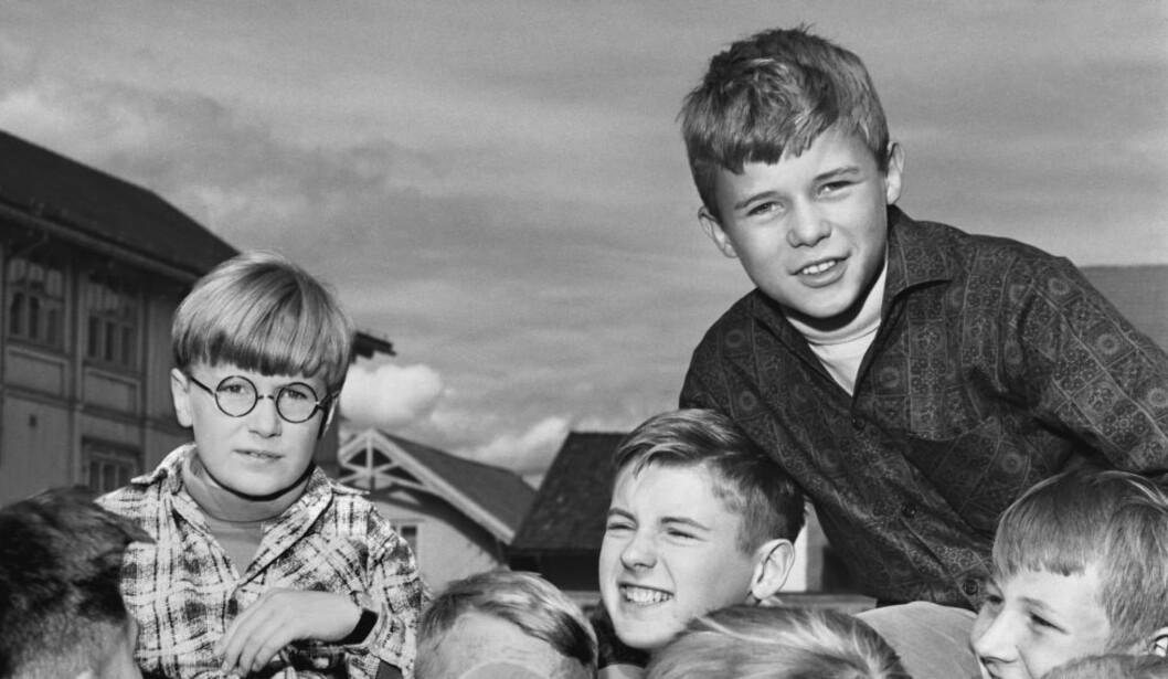 <strong>STOMPA-FILMENE:</strong>  Ole Enger (øverst til høyre) var en av Norges første barnestjerner, og spilte i tre filmer om Stompa. Til venstre er Knut Eide som spilte Bodø i filmene.  Foto: Aage Storløkken / SCANPIX