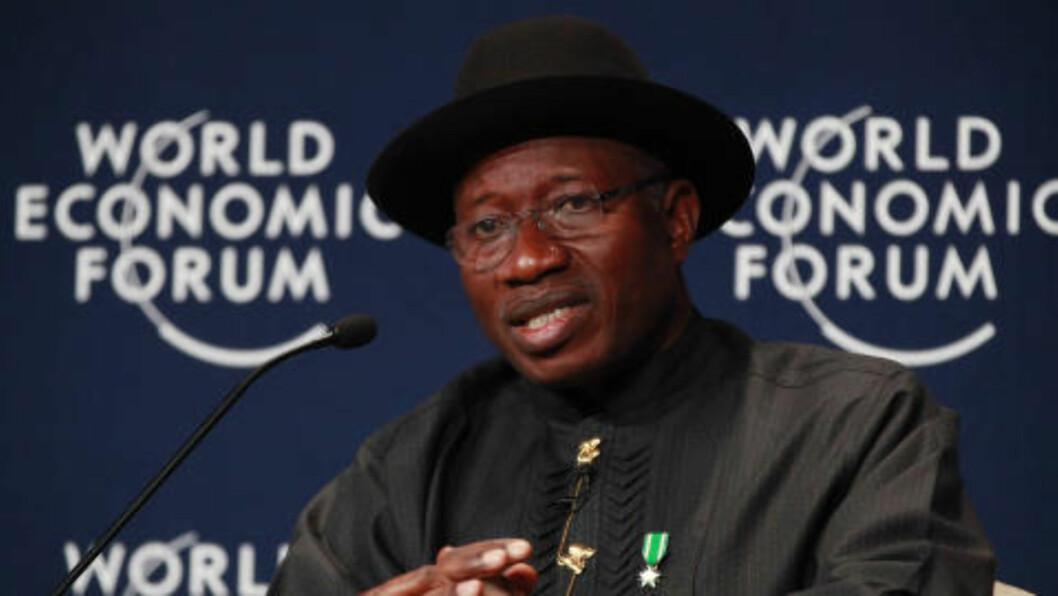 <strong>VENDEPUNKT:</strong>  Den nigerianske presidenten Goodluck Jonathan tror denne bortføringen kan bli begynnelsen på slutten for terror i Nigeria. Foto: AP Photo/Sunday Alamba