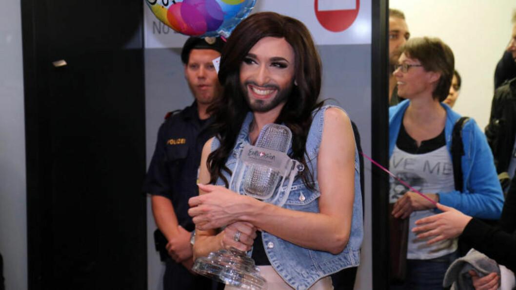 <strong>CHECK:</strong> Conchita gjorde som i 1966: Sikret Østerrike triumf i Eurovision Song Contest. Foto: AP Photo / Ronald Zak / NTB Scanpix