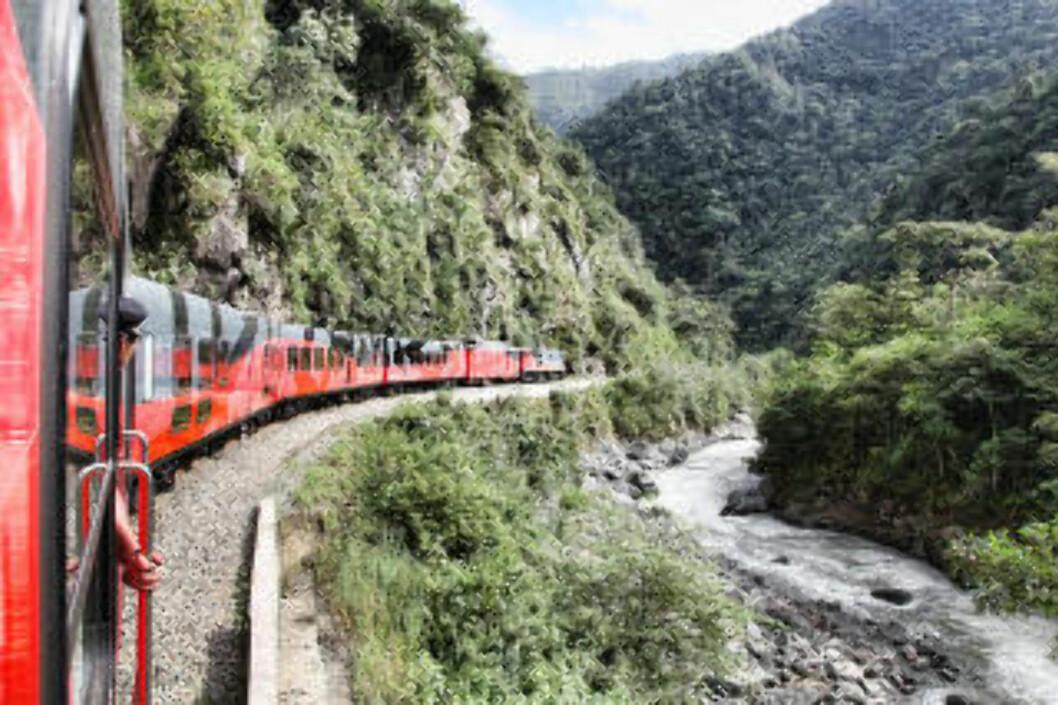 <strong>ECUADOR:</strong> Denne sommeren går jomfruturen med den nyrestaurerte togruta Tren Crucero, som krysser Andesfjellene fra Quito til Guayaquil, i naturskjønne omgivelser. Foto: TRENCRUCERO
