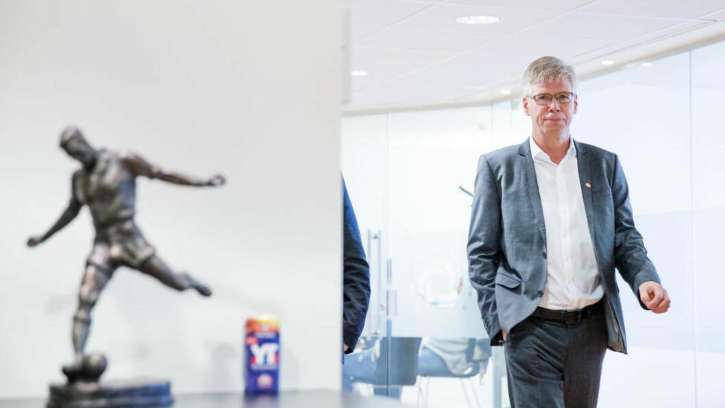 SE TIL 1. DIVISJON:  - Jeg er overbevist om at vi tre-fem år fremover ser at det er de klubbene som har turt å satse på egen spillerutvikling som vil ha har sportslig og økonomisk suksess, sier Leif Øverland, direktør i Norsk Toppfotball. Foto: Gorm Kallestad / NTB scanpix