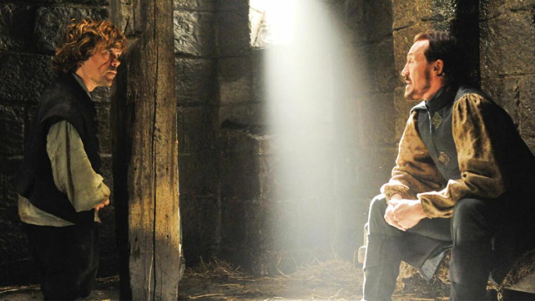 <strong>AVSKJED?:</strong> Det ser mørkt ut idet Bronn forteller Tyrion at han ikke kan kjempe for ham.