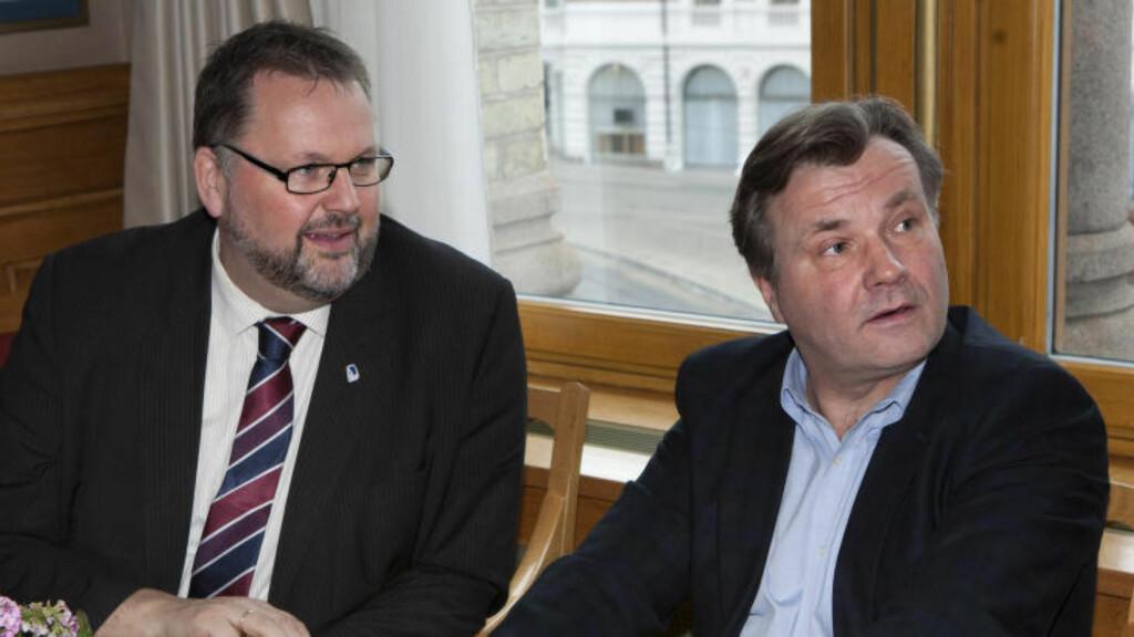 STORTINGSPOLITIKER: Ib Thomsen sier det på rim. Her sammen med Svein Harberg (H) til venstre. Foto: Anders Grønneberg/ Dagbladet