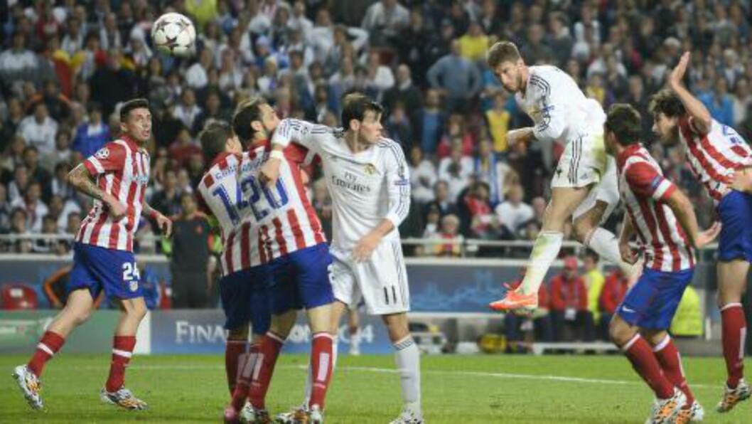 <strong>FLYGENDE SPANJOL:</strong> Sergio Ramos stanget inn utlikningen på overtid. Foto:  AFP PHOTO/ MIGUEL RIOPA/NTB Scanpix