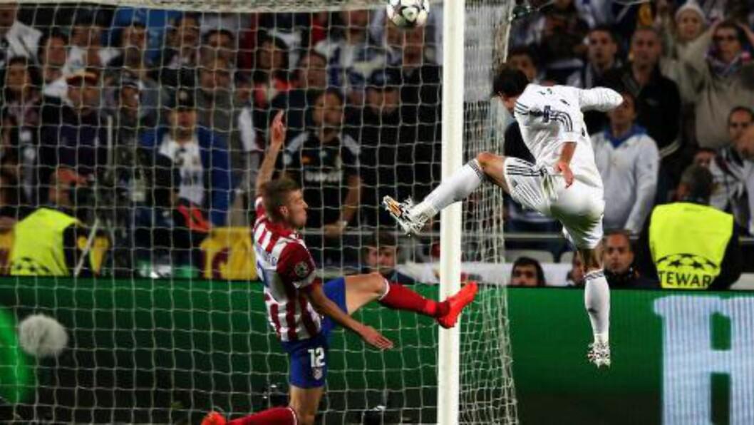 <strong>HANG HØYT:</strong> Gareth Bale stanget inn 2-1 i andre ekstraomgang. Foto:  EPA/MARIO CRUZ/NTB Scanpix