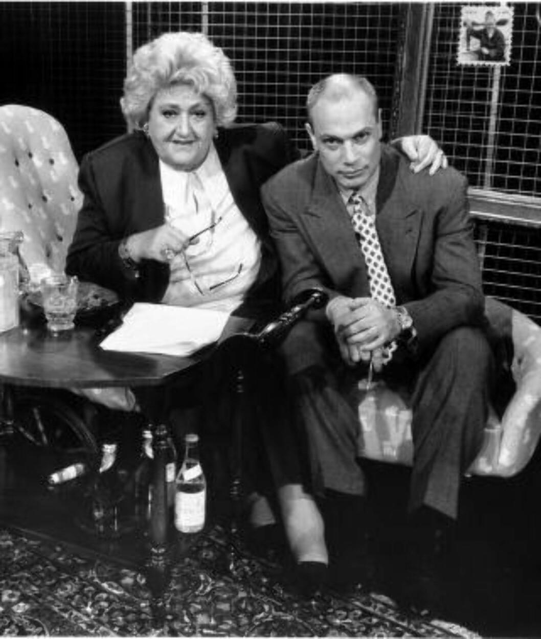 TV-SLUGGER: Mange husker Aschberg fra den kommersielle tv-alderens barndom på slutten av 80-tallet. Her i studio med Elisabeth Grannemann, cirka 1991. Foto: Anette Andersson