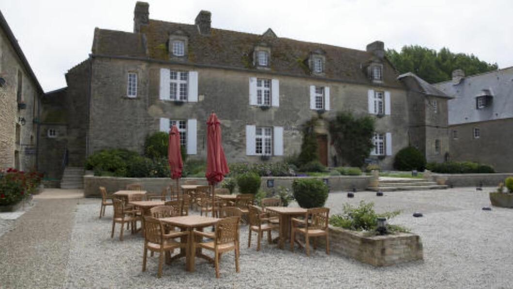 <strong>FREDSAKSJON:</strong> På hotellet Ferme de la Rançonnière arrangeres strikkeworkshops i forbindelse med 70 års jubileet. Foto: LARS EVIND BONES