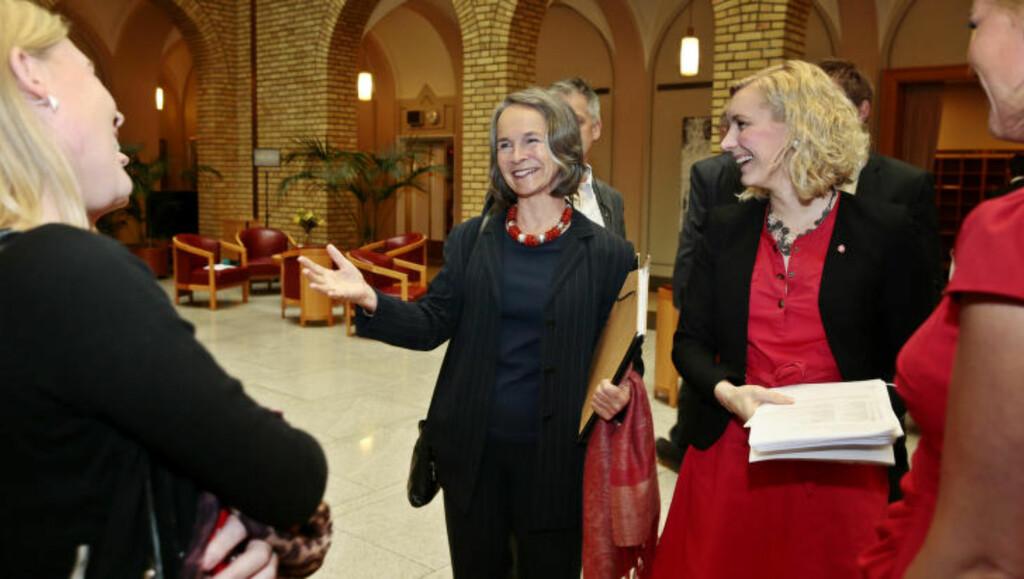 ENGASJERT: Fødselslege Gro Nylander mener ressursene ikke er på plass for å praktisere ambulant fødsel i stor grad i Norge. Foto: HÅKON MOSVOLD LARSEN / NTB SCANPIX