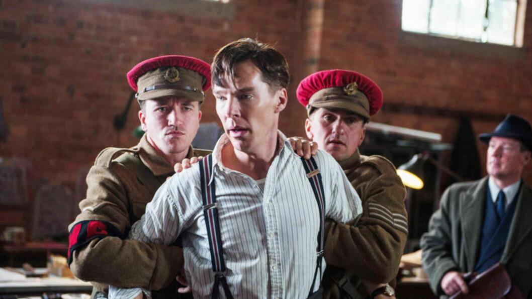 <strong>STRÅLENDE CUMBERBATCH:</strong> «Sherlock»-skuespiller Benedict Cumberbatch gjør en strålende prestasjon, skal vi tro de første reaksjonene som er kommet etter en testvisning av Morten Tyldums «The Imitation Game». FOTO: PROMO