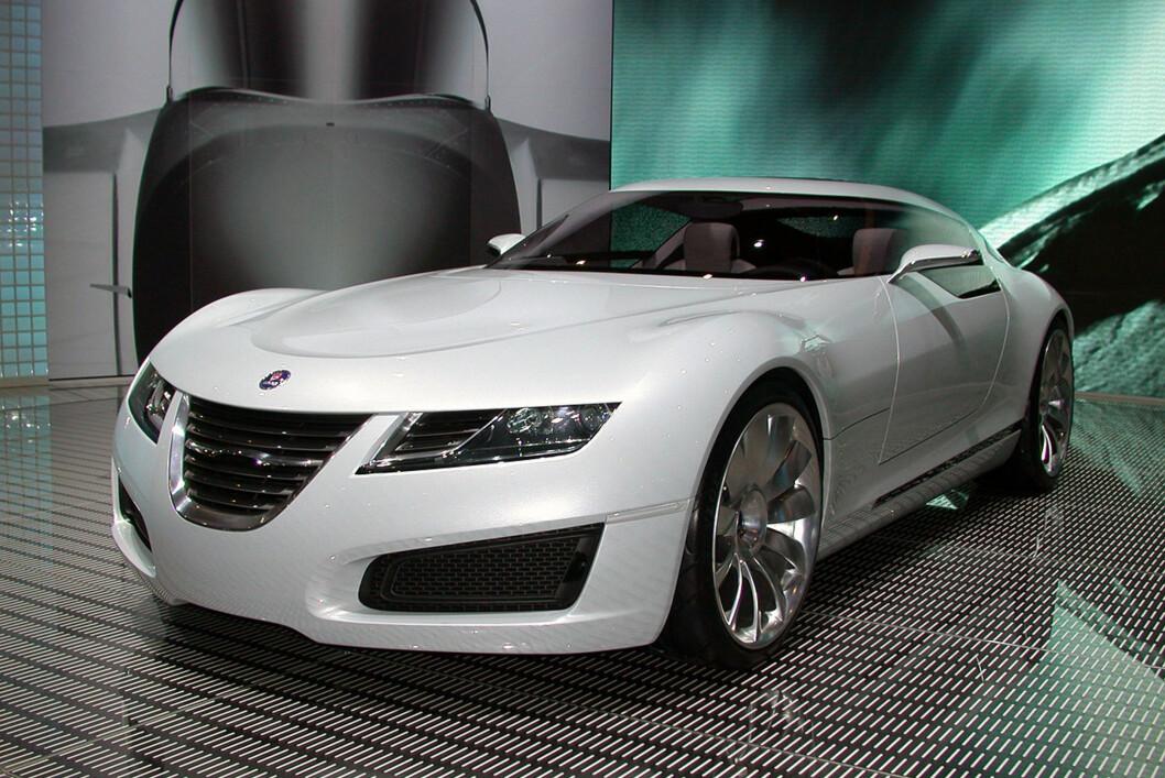 Spyker og kinesiske Youngman skal gjenopplive Saab-arven i form av en ny modellrekke basert på Saabs nyeste plattform kalt Phoenix. Det skal dreie seg om mer luksuriøse biler enn de Saab produserte (Her Saabs konsept Aero X fra 2006). Foto: Knut Moberg