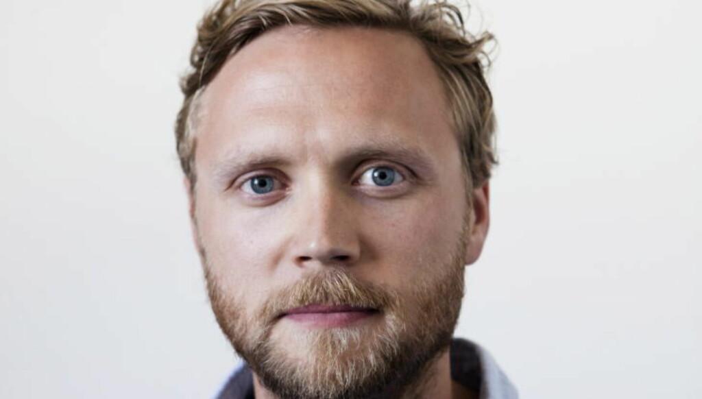 LURT TRILL RUNDT:  Dagbladets kulturredaktør Geir Ramnefjell har inngått avtalen med 5080.no, men ble lurt trill rundt av dem i en tulletelefon etter Bjørgen-satiresaken dere i helga. Foto: Uffe Frandsen