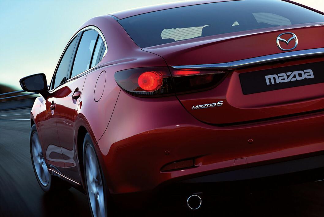 <strong>Så er Det omsider offisielt:</strong> Dette er den helt nye Mazda 6, som skal vises på bilutstillingen i Moskva i august. Foto: Mazda