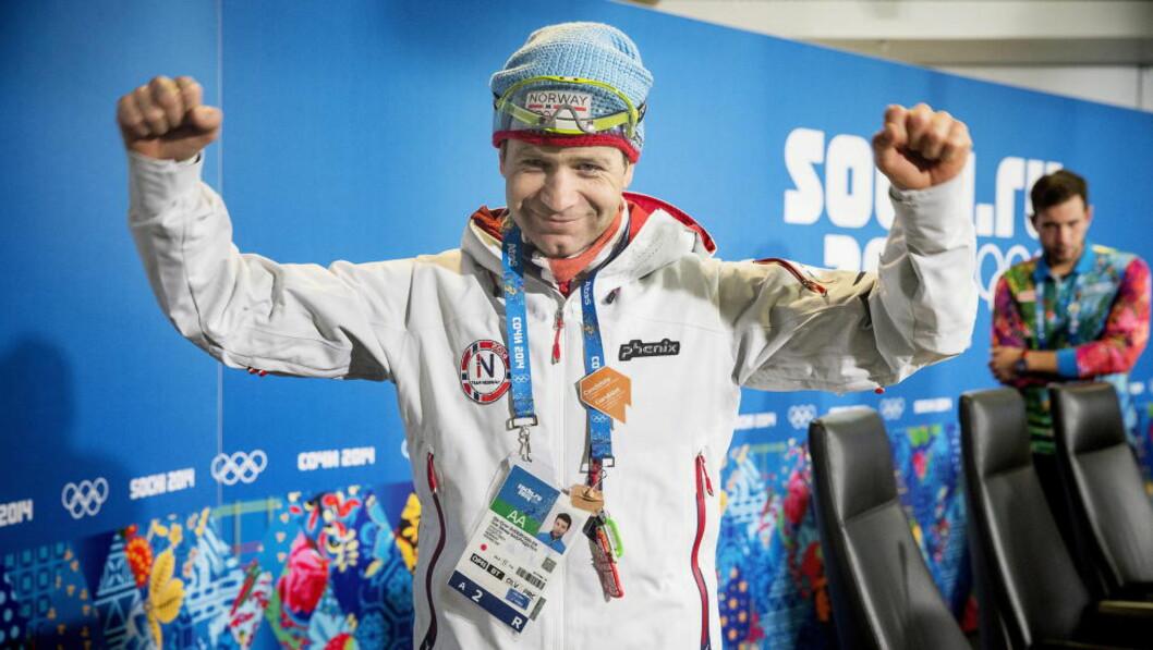 <strong>OMBESTEMTE SEG:</strong> Ole Einar Bjørndalen skulle egentlig legge opp etter denne sesongen, men gjør nå helomvending og fortsetter i to nye år.  Foto: Bjørn Langsem / DAGBLADET