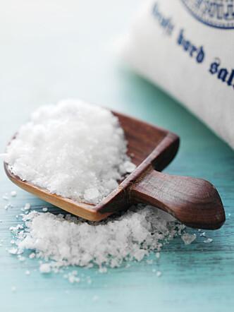 <strong>LAG SELV:</strong> Det er enkelt å lage din egen kroppsskrubb av salt og olje.