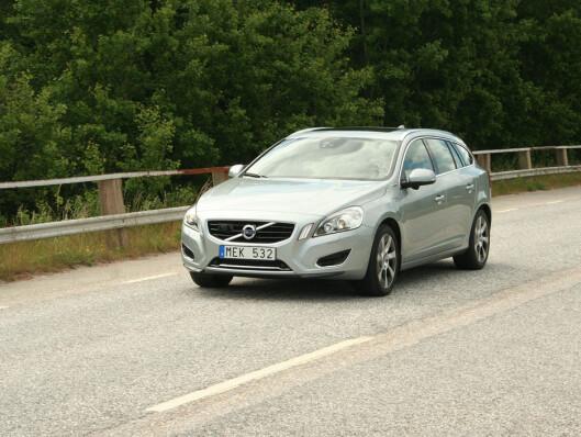 Volvo V60 D6 AWD, den ladbare hybriden, har imponerende ytelser og gode veiegenskaper. Og 0,19 liter per mil er epokegjørende... Foto: Knut Moberg