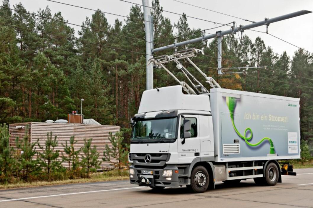 <B>TOG? ELLER BIL?</B> Strengt tatt begge deler. Siemens tenker nytt når det kommer til langtransport.