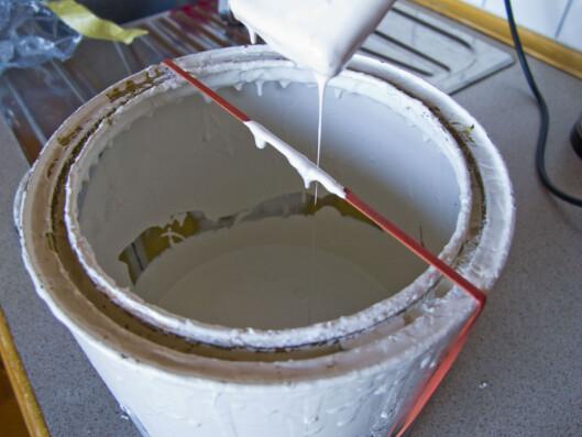 Sprekker eller sklir strikken av, vil malingen på strikken sprute utover. Foto: Per Ervland